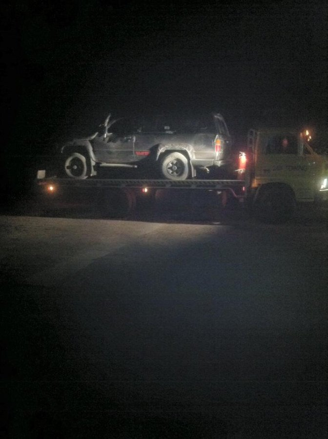 Moonlight Towing Vehicle In